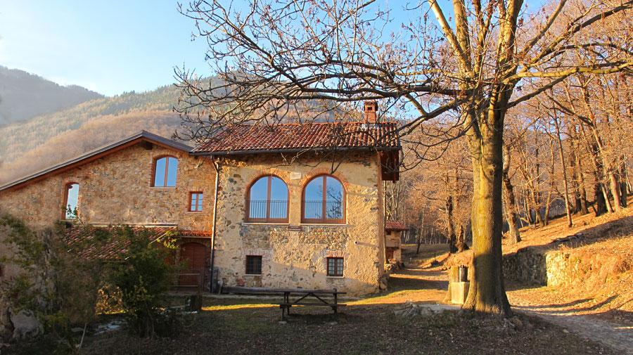 Santuario madonna della brughiera accoglienza l 39 ostello for Planimetrie dell interno della casa all aperto